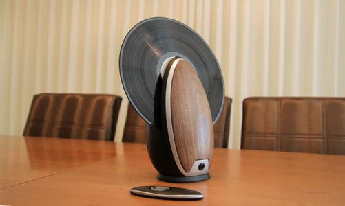 Toc – đầu đĩa than quay đứng đọc đĩa cong vênh