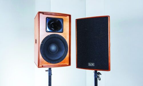 SR Technology HR-12 – Karaoke Pro đậm đặc chất Italy