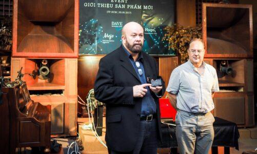 CEO John Franks và huyền thoại digital Rob Watts giới thiệu series Chord Eletronics mới nhất