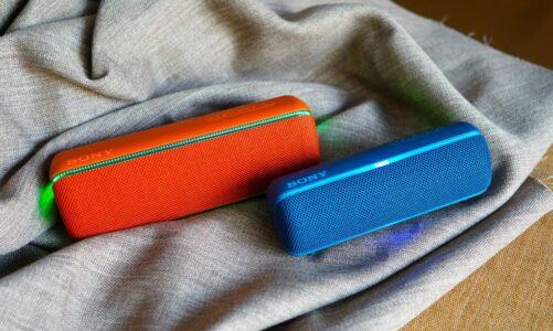 Sony SRS-XB22 & XB32 – Bô đôi loa di động bass dầy ấm, bền, tùy biến hiệu ứng ánh sáng