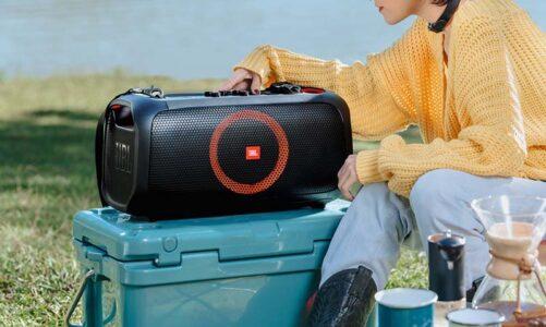 Loa JBL Partybox On the go: Tiệc mọi nơi, chơi mọi lúc, tặng kèm 2 mic không dây