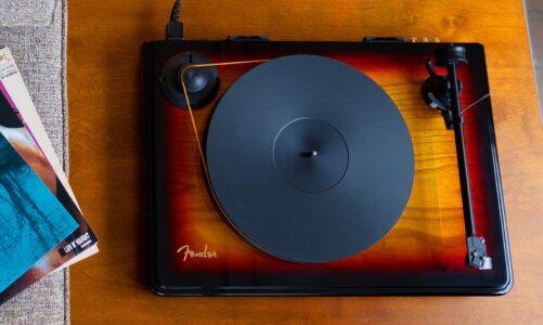 Fender x MoFi Precision Deck – Mâm than phiên bản giới hạn 1000 chiếc, mang phong cách đàn guitar